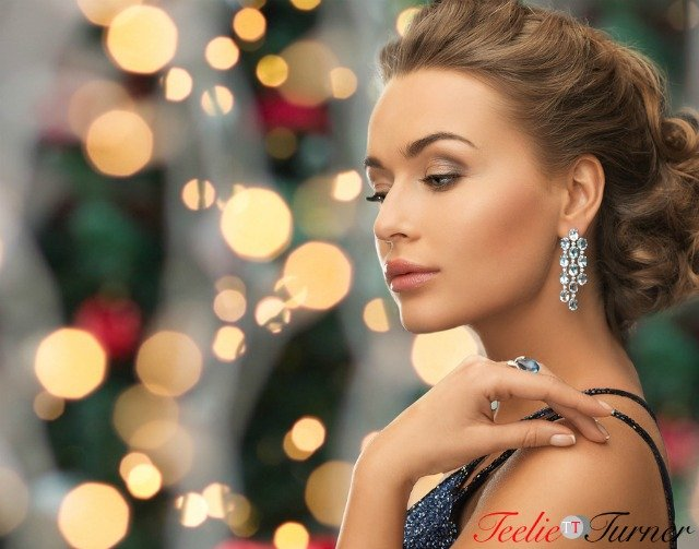 bigstock-people-holidays-and-glamour-c-73240078