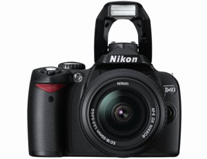 Nikon D40 6.1MP Digital SLR Camera Kit