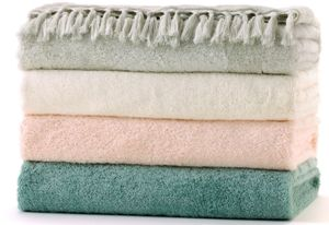 LC Lauren Conrad Fringe Bath Towels