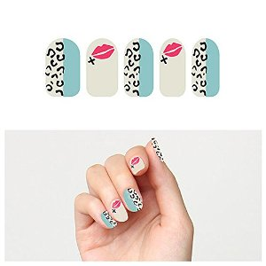 Blue & Grey Cheetah Animal Print & Kiss Nail Art Design