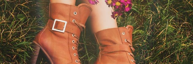 Trendy Fall Boots Under $150