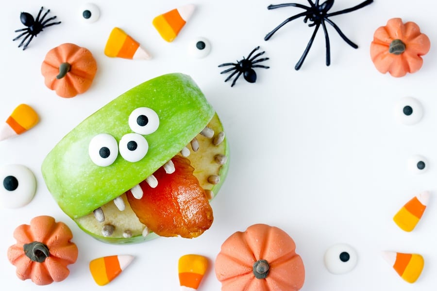 Healthier Treat Substitutes that You Can Give to Trick-or-Treaters this Halloween